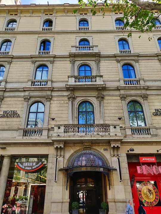 バルセロナ観光 グラシア通り周辺のホテル ホテル グランヴィア(Hotel Granvia)