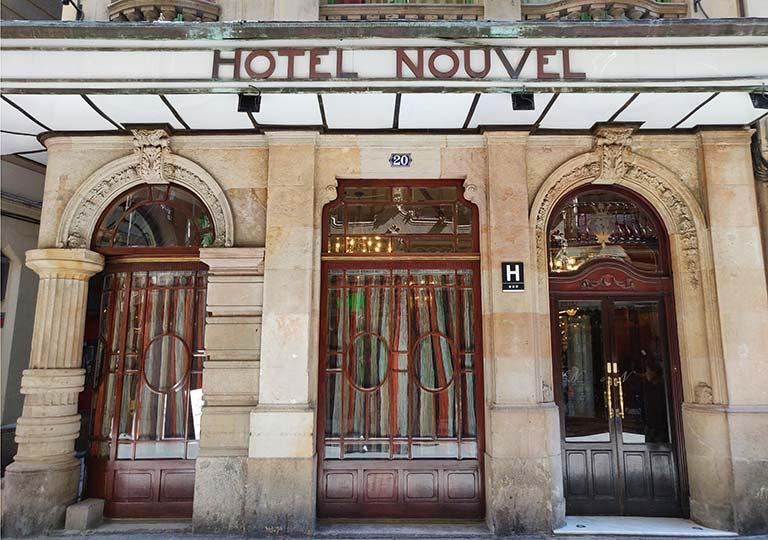 バルセロナのホテル ランブラス通り至近 ホテルヌーベル(Hotel Nouvel)
