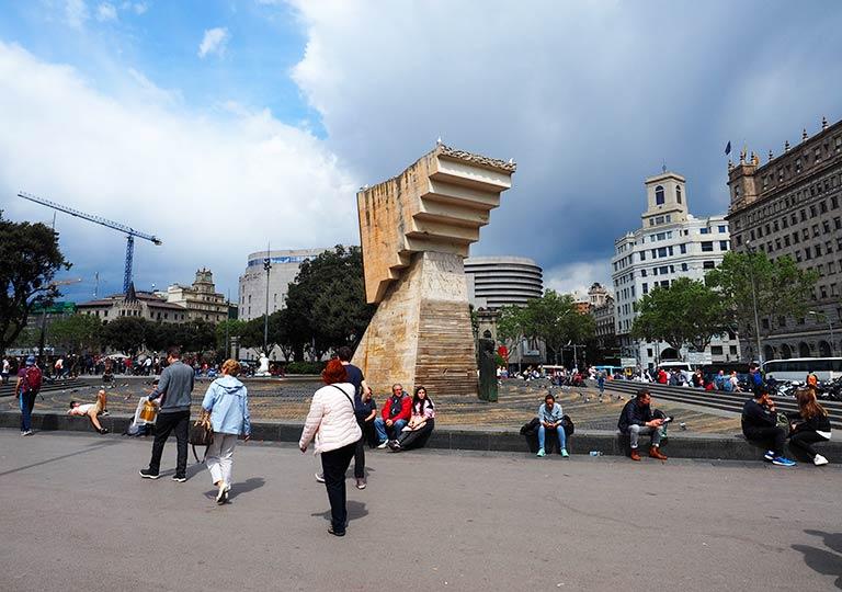 バルセロナ観光 カタルーニャ広場