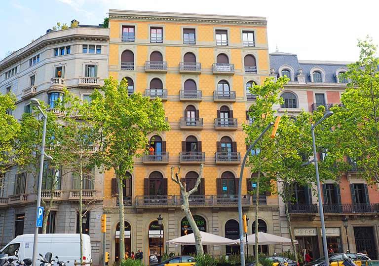 バルセロナ観光 グラシア通り(アシャンプラ地区)周辺のホテル ホスタリン バルセロナ パセイ デ グラシア(Hostalin Barcelona Passeig de Gràcia)