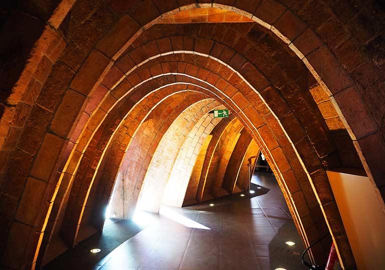 バルセロナ観光 カサミラ(Casa Milà)の内部 エスパイ・ガウディ(Espai Gaudi)