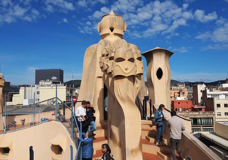 バルセロナ観光 カサミラ(Casa Milà)の屋上 オブジェたち