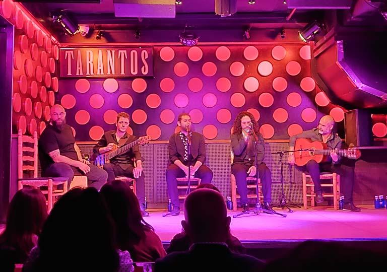 バルセロナ観光 フラメンコショー ロス タラントス(Los Tarantos) 生演奏と生歌