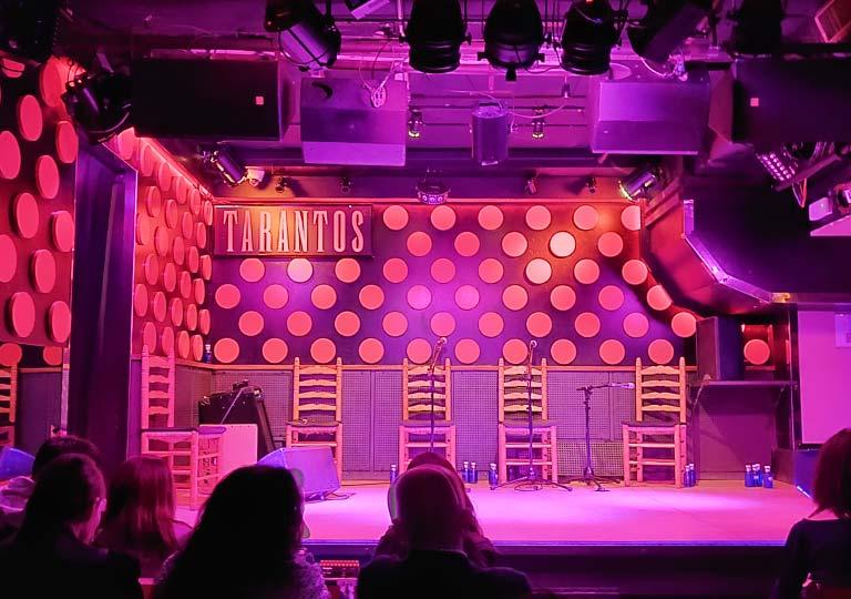 バルセロナ観光 フラメンコショー ロス タラントス(Los Tarantos) ステージ