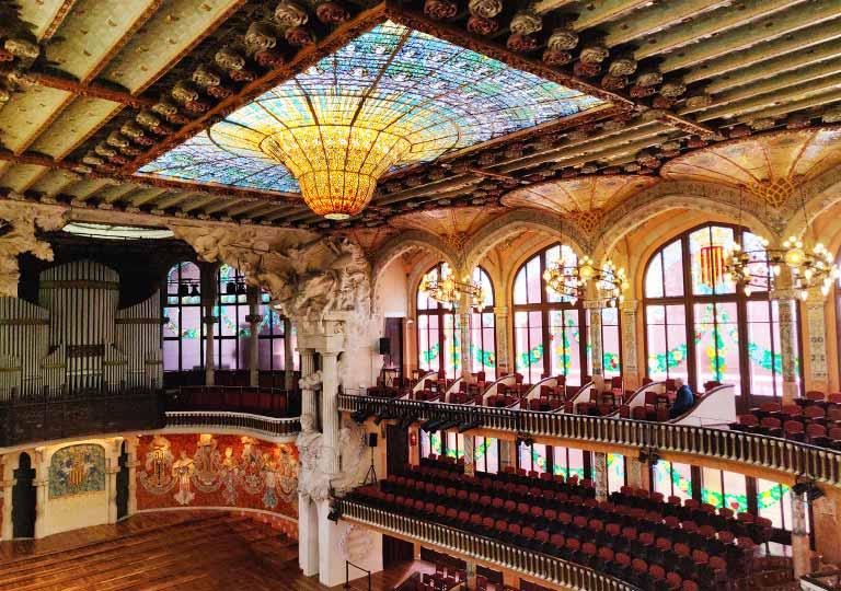 バルセロナ観光 カタルーニャ音楽堂(Palau de la Música Catalana)ガイドツアー コンサートホール