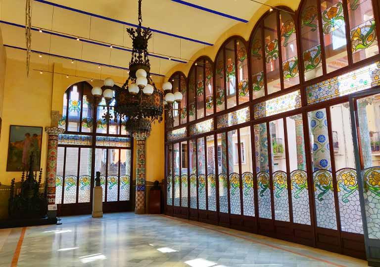 バルセロナ観光 カタルーニャ音楽堂(Palau de la Música Catalana)ガイドツアー ルイスミレーホール(Lluís Millet Hall)