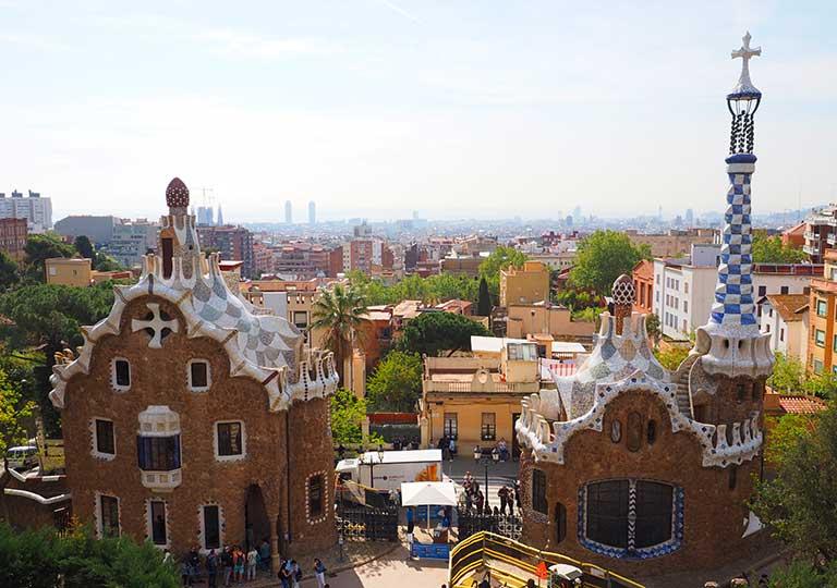 バルセロナ観光 おすすめ観光地・モデルコース グエル公園(Park Güell)