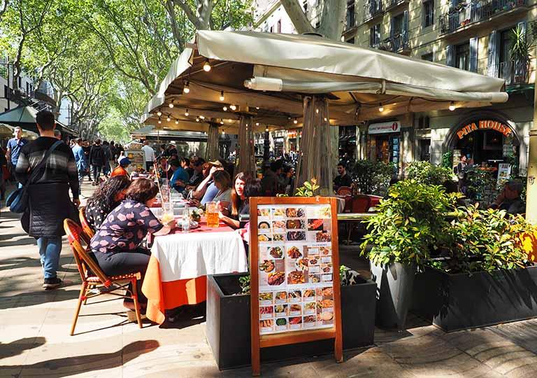 バルセロナ観光 ランブラス通り(La Rambla) レストラン
