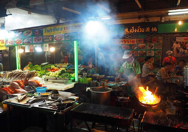 バンコク観光 チャイナタウンのレストラン Fikeaw