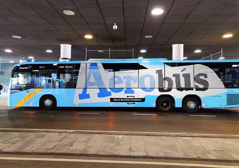 バルセロナ観光 バルセロナ空港から市内のアクセス 空港バス(アエロバス)