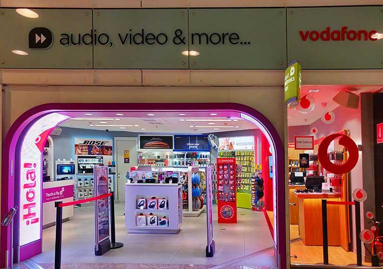 バルセロナ エルプラット空港のVodafone