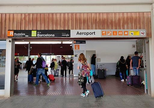 バルセロナ観光 バルセロナ空港 郊外電車ロダリアス(Rodalies)の駅