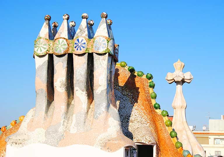 バルセロナ観光 カサバトリョ(Casa Batlló) 煙突