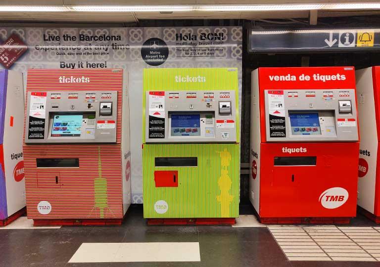 バルセロナ観光 地下鉄(メトロ) 駅構内の券売機