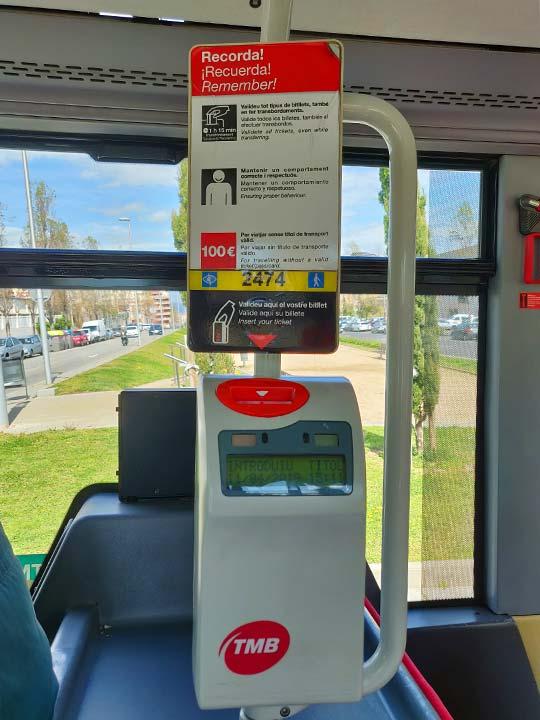 バルセロナ観光 市バスの打刻機