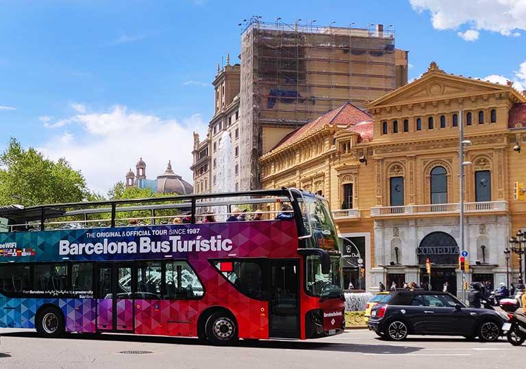 バルセロナの観光バス