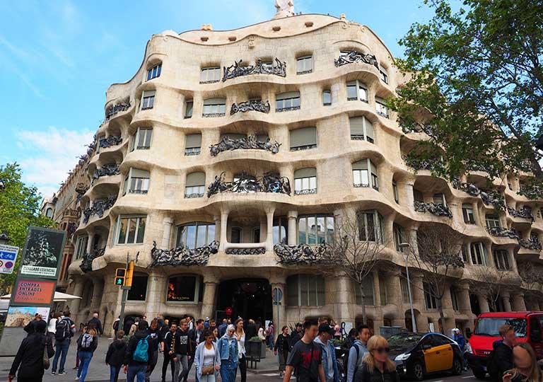 バルセロナ観光 カサミラ
