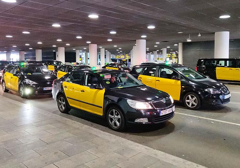 バルセロナ観光 空港のタクシー