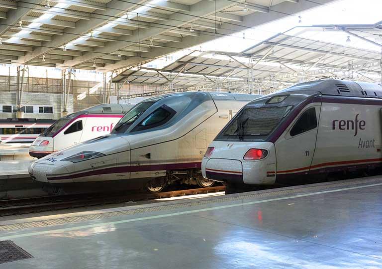 スペインの鉄道Renfe(レンフェ) 列車