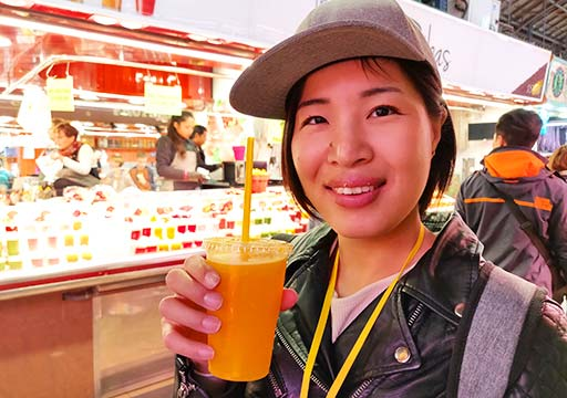 バルセロナグルメ ボケリア市場 フレッシュフルーツジュース