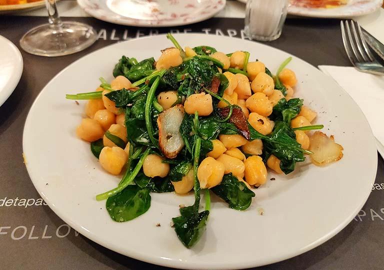 バルセロナグルメ タラー デ タパスの食べ物