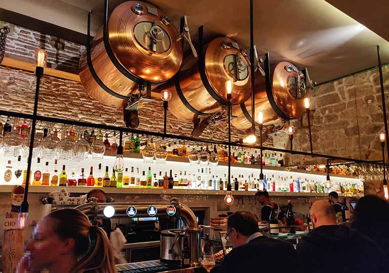 バルセロナグルメ La Bona Sortレストランのカウンタ