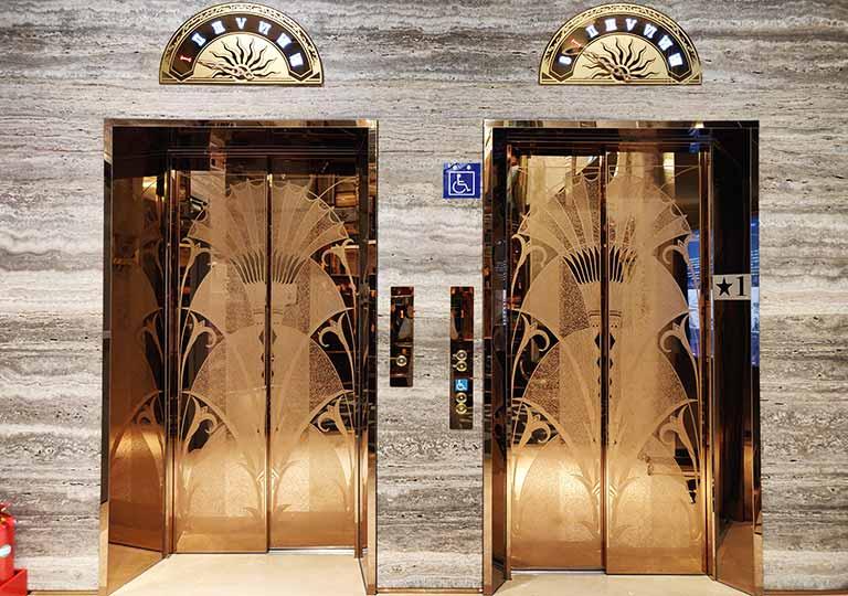 台中 1969ブルースカイホテル(1969 藍天飯店)のエレベーター