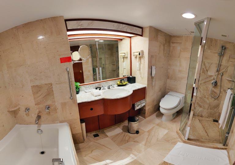 台中 エバーグリーンローレルホテル(長栄桂冠酒店) 客室のバスルーム