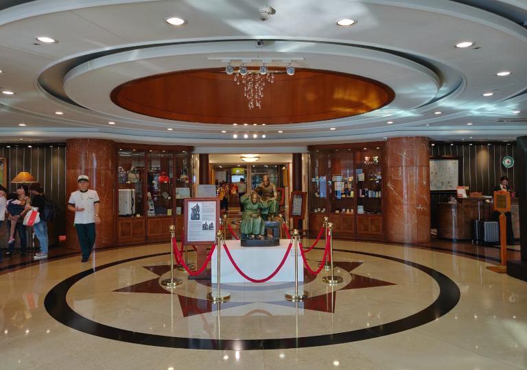 台中 エバーグリーンローレルホテル(長栄桂冠酒店) エントランスホール