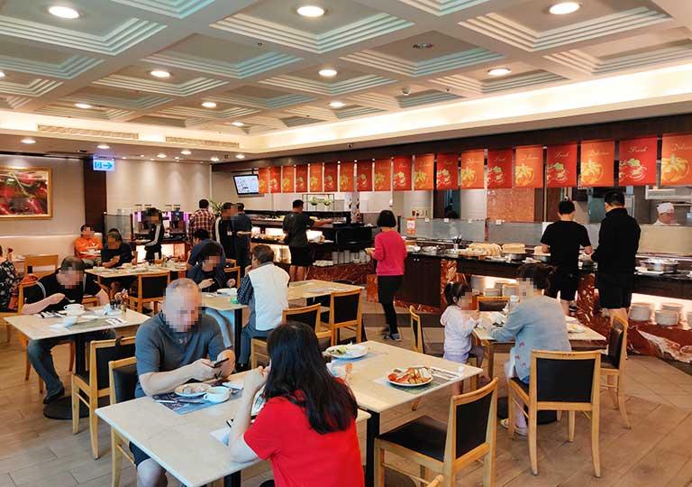 台中 エバーグリーンローレルホテル(長栄桂冠酒店) 朝食会場Cafe Laurel