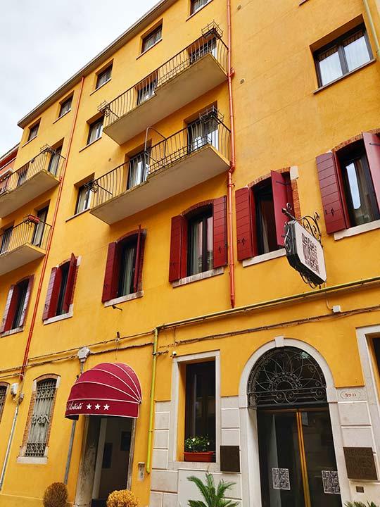 ベネチア タイムス ホテル (Hotel Times)
