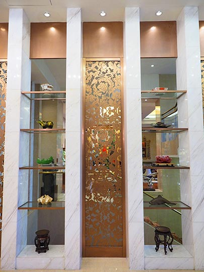 サンワンレジデンシズ台北(San Want Residences Taipei) 廊下に飾られている美術品