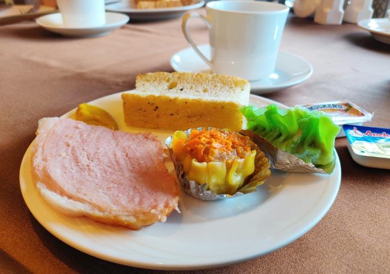 サンワンレジデンシズ台北(San Want Residences Taipei) 朝食ビュッフェのお皿