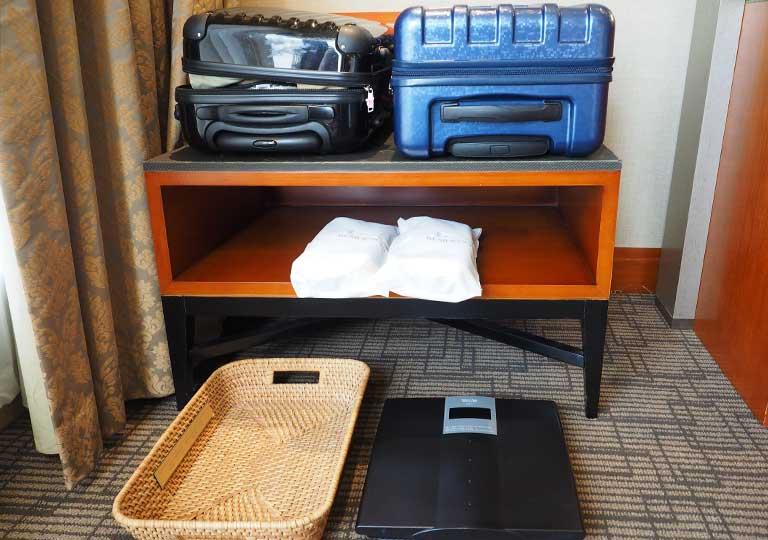 サンワンレジデンシズ台北(San Want Residences Taipei) 客室のスーツケース置き場