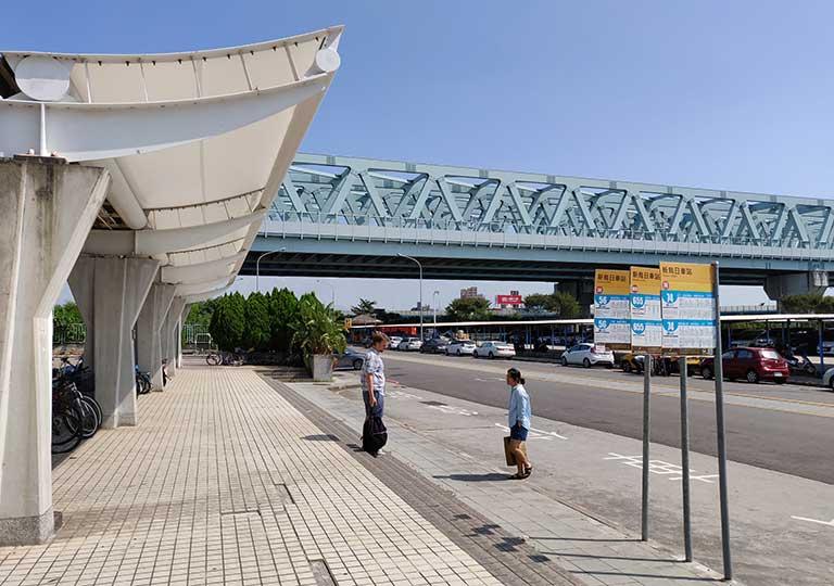 台中 新烏日駅のバス停