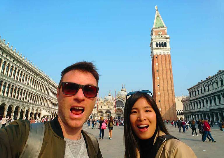 ベネチアのサンマルコ広場とnicolena