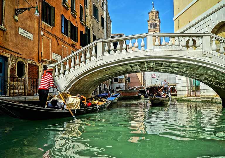 ベネチア 運河と橋