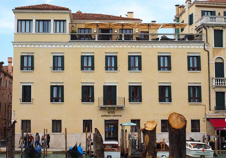 ベネチア パラッツォ カノーヴァ (Palazzo Canova H10)