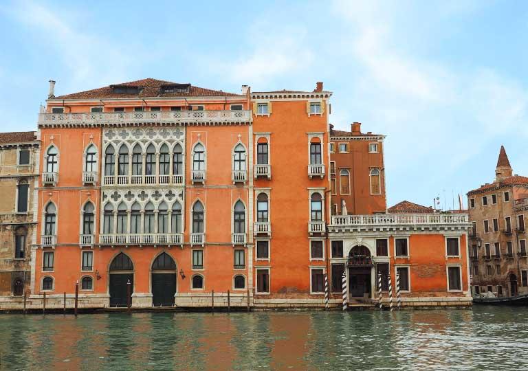 ベネチア パラッツォ バルバリゴ スル カナル グランデ (Hotel Palazzo Barbarigo Sul Canal Grande)