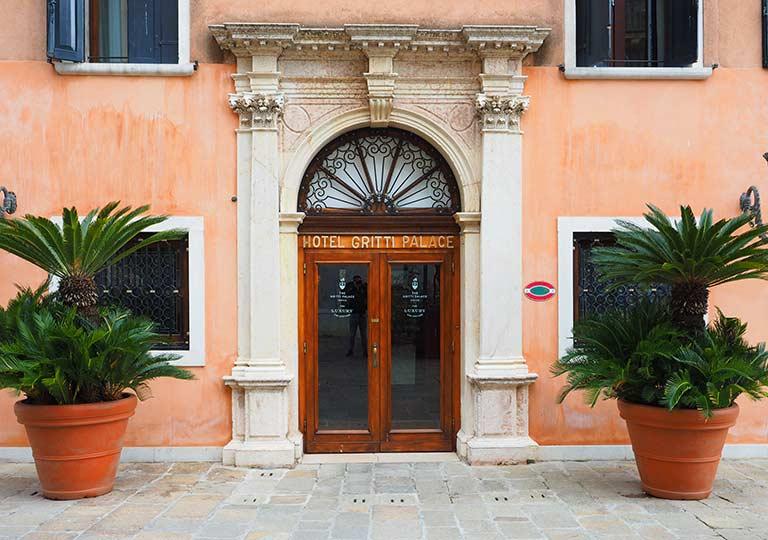 「ベネチアのおすすめホテル15選!ベネチア出身の僕が便利なホテルを厳選しました」 トップ画像