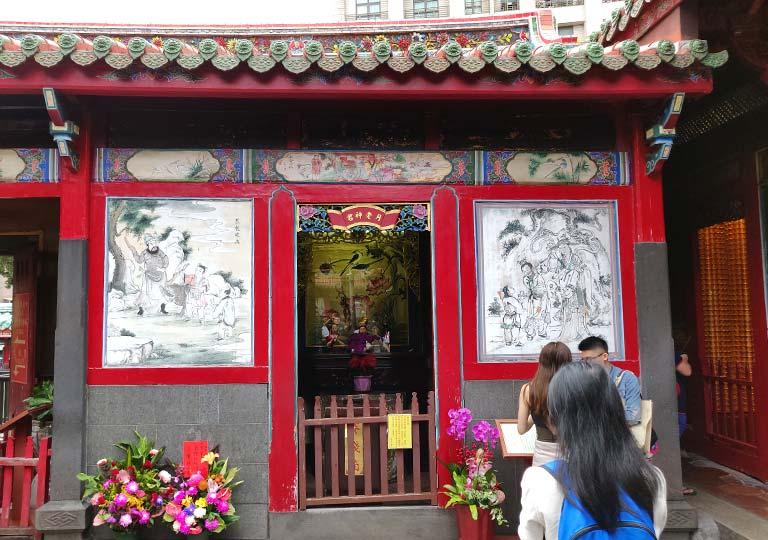 台北 龍山寺の月下老人