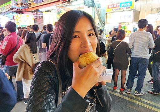 台中 逢甲夜市のグルメ 胡椒餅