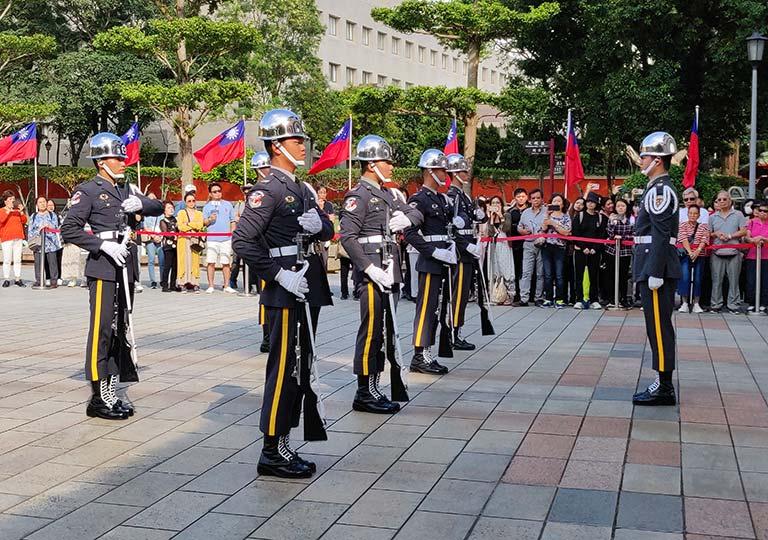 台北 忠烈祠の衛兵交代式