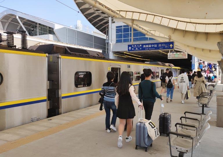 台中 新烏日駅の乗り場