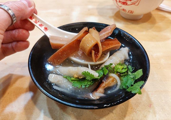 台北グルメ 兩喜號 西園店 スルメイカのとろみスープ