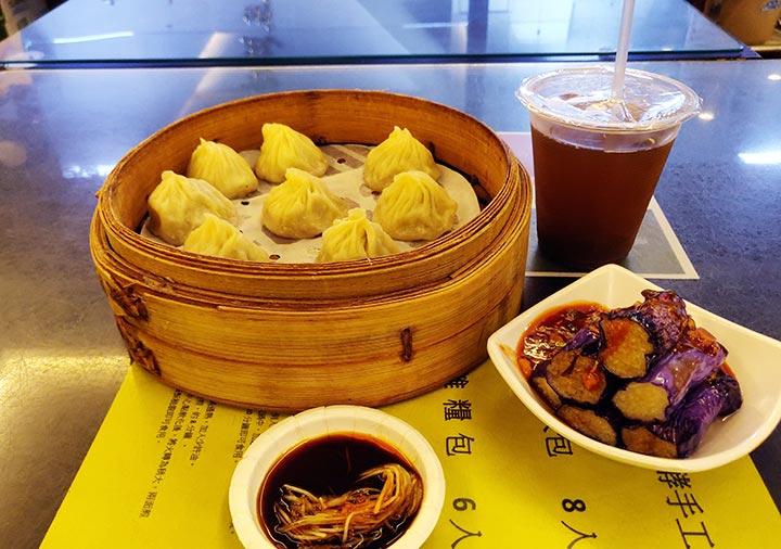 台北グルメ 杭州小籠湯包の料理