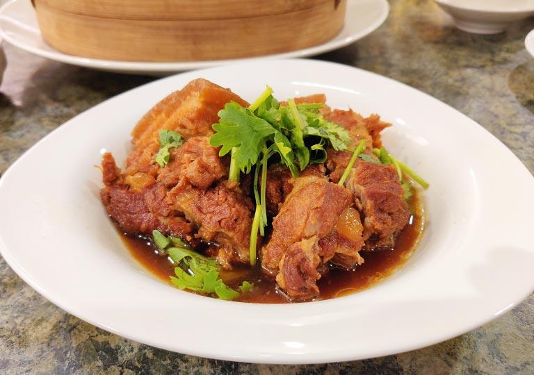 台北 欣葉台菜創始店のグルメ シンイエ名物豚の角煮