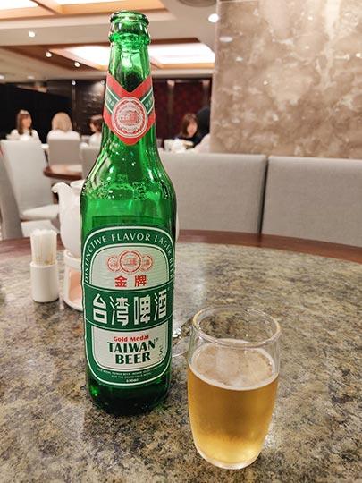 台北 欣葉台菜創始店の台湾ビール