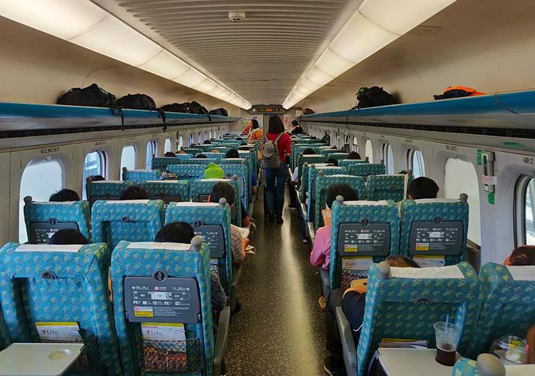 台湾新幹線 電車の車内