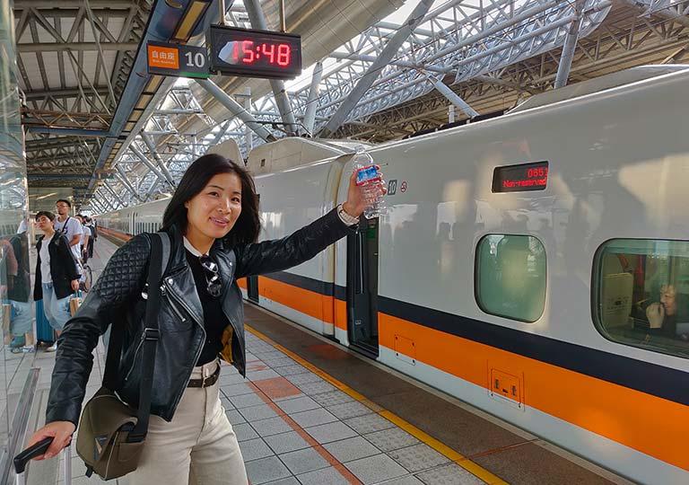 台湾新幹線 駅の乗り場
